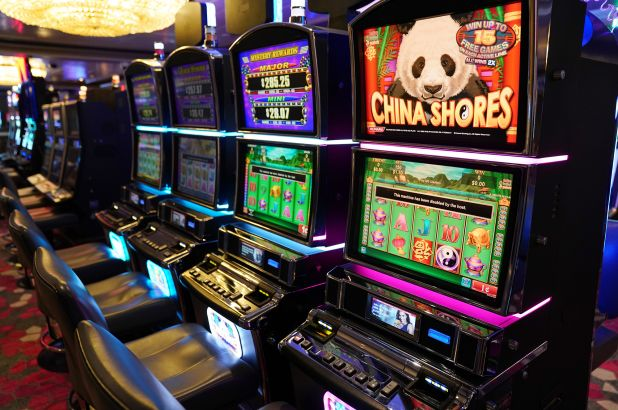 Online Casino And Love - How They Are The identical